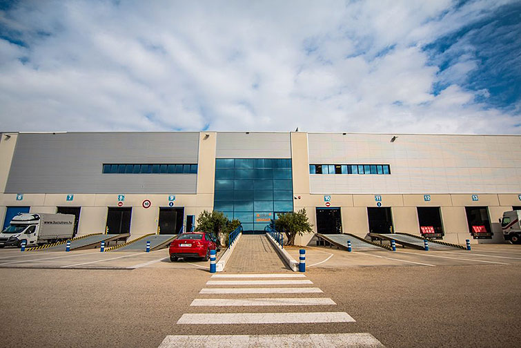 KCRE-logistic-platform-Nave-La-Bisbal