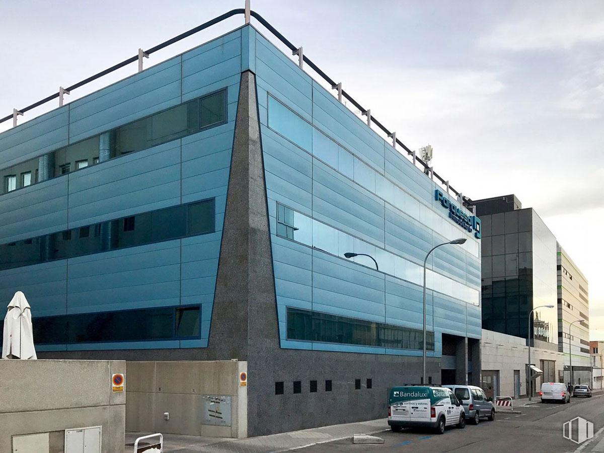 Torregalindo: Corporate Headquarters Building